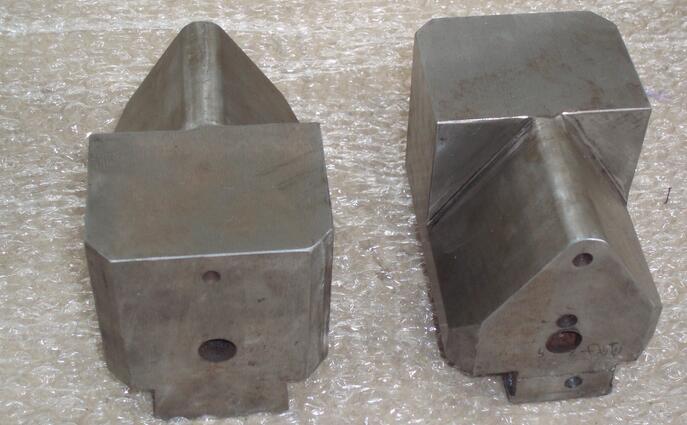 C41-16KG单体式空气锤锤头