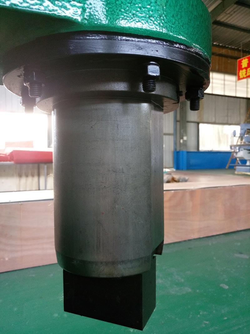 C41-25kg分体式空气锤细节图