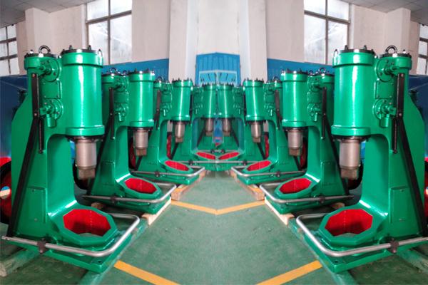 40公斤小型空气锤车间实拍照片