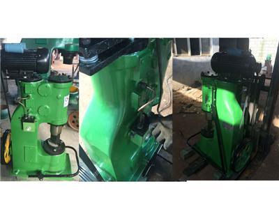 福建福州的谢经理采购的C41-25kg单体式空气锤已到货,并已进行安装调试
